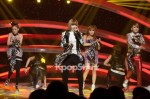24396-2ne1-s-charming-voice-and-unique-performance-of-i-love-you-captures-m