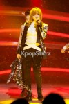 24403-2ne1-s-charming-voice-and-unique-performance-of-i-love-you-captures-m